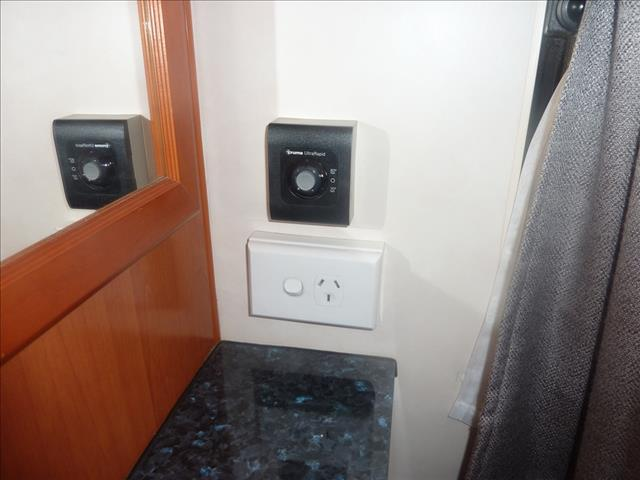 2011 21FT NEWLANDS ZODIAC ENSUITE CARAVAN