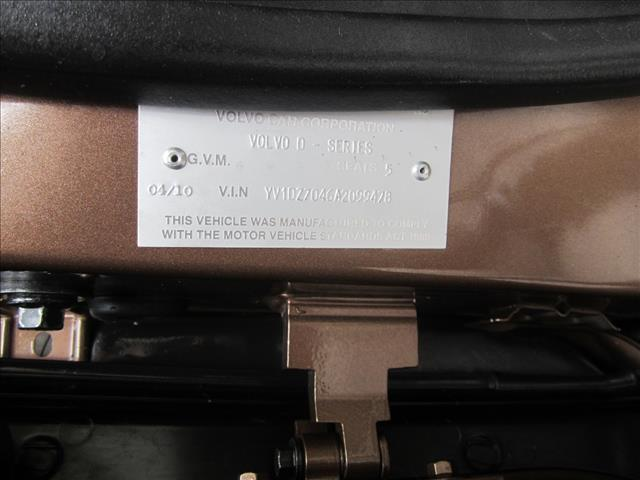 2010 VOLVO XC60 D5 2.4 LE DZ MY10 4D WAGON