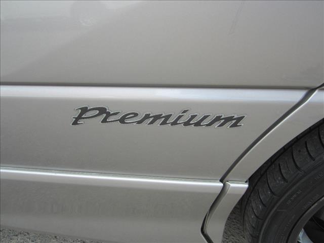 2005 TOYOTA ESTIMA AERAS PREMIUM ACR30 WAGON