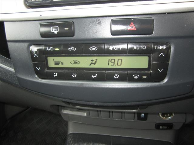 2013 TOYOTA HILUX SR5 (4x4) KUN26R MY12 DUAL CAB P/UP