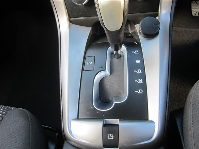 2011 HOLDEN CAPTIVA 7 SX (FWD) CG SERIES II 4D WAGON
