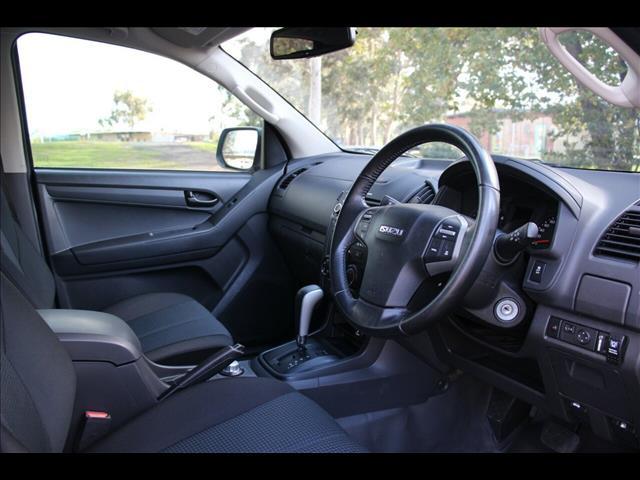 2015 Isuzu D-MAX SX Crew Cab MY15 Cab Chassis