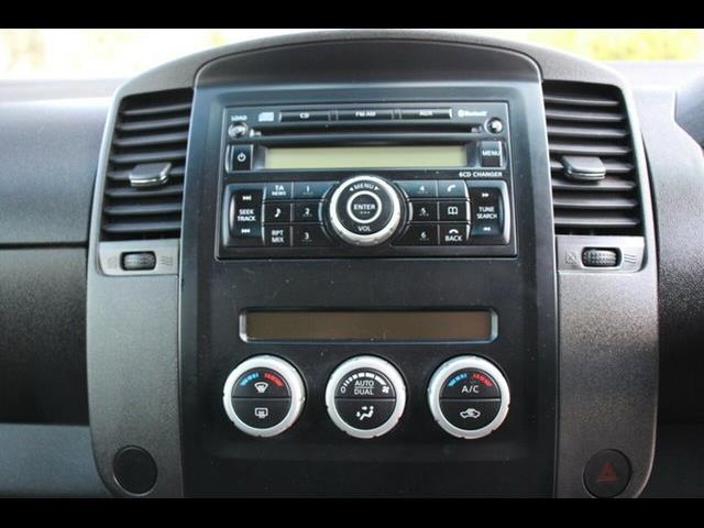 2011 NISSAN NAVARA ST-X 550 (4x4) D40 DUAL CAB UTILITY