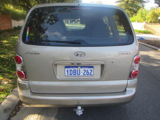 2007 HYUNDAI TRAJET V6 2.7  4D WAGON