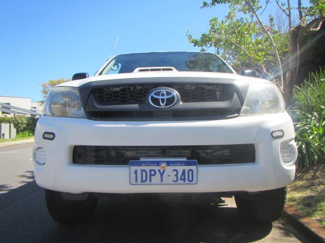 2011 TOYOTA HILUX SR 4X4 KUN26R MY12 X CAB CCHAS