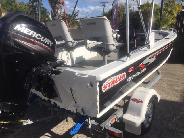 Stacer 429 Proline Angler