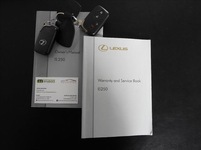 2005 LEXUS IS250 PRESTIGE GSE20R 4D SEDAN