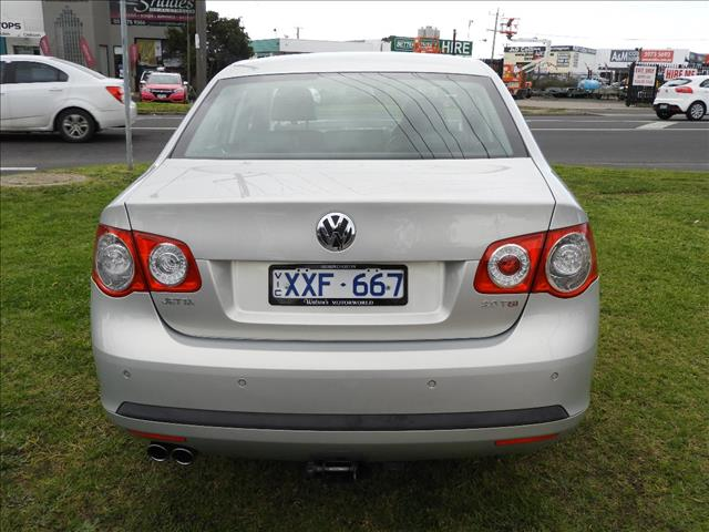 2010 VOLKSWAGEN JETTA 147 TSI HIGHLINE 1KM MY10 4D SEDAN