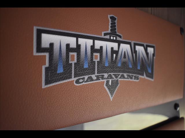2017 Titan Blackhawk 2040