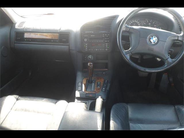 1997  BMW 3 23i EXECUTIVE E36 4D SEDAN