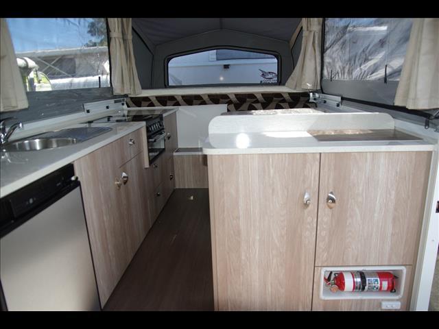 2015 Goldstream Gold Wing III camper trailer