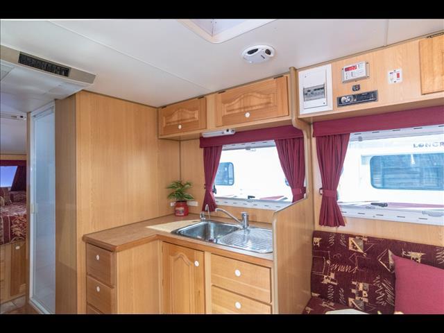 2009 19ft Bushtracker Off Road Caravan