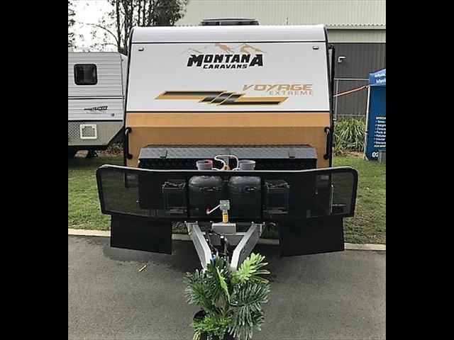 2019 Montana Family Voyage bunk van