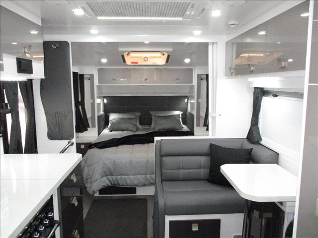 2019 Traveller Utopia ,...SOLD...Off Road Tourer, 21' Tandem, Queen Bed, Rear Ensuite, Cafe Seating.......
