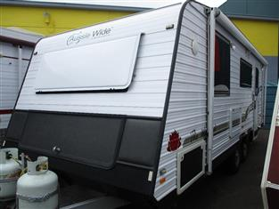 """2011 Aussie Wide 21'6"""" Tandem Tourer, Queen Bed, Full Ensuite, Cafe Seating......"""