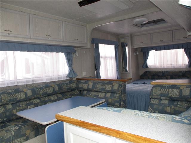 2002  Paramount Canterbury Caravan, 19' Tandem Tourer,  Queen Bed, Front Kitchen.......
