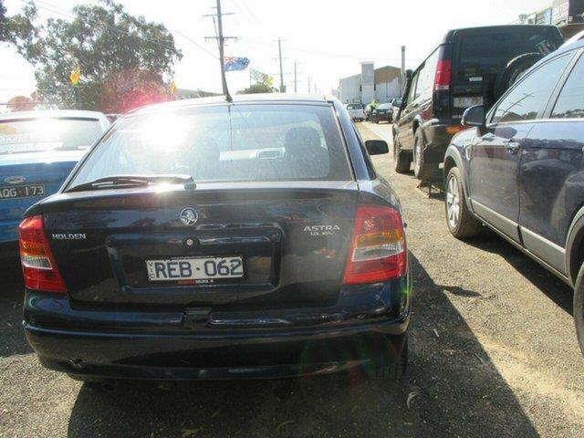 2001 Holden Astra 1.8 16V  Sedan