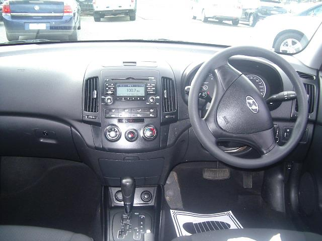 2009 HYUNDAI i30 SX 1.6 CRDi FD MY09 5D HATCHBACK