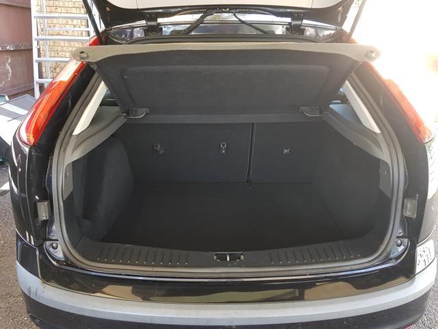 2006 Ford Focus LX LS Hatch