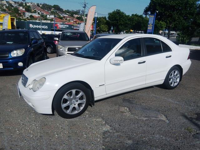 2002 Mercedes-Benz C220 CDI Classic W203 Sedan