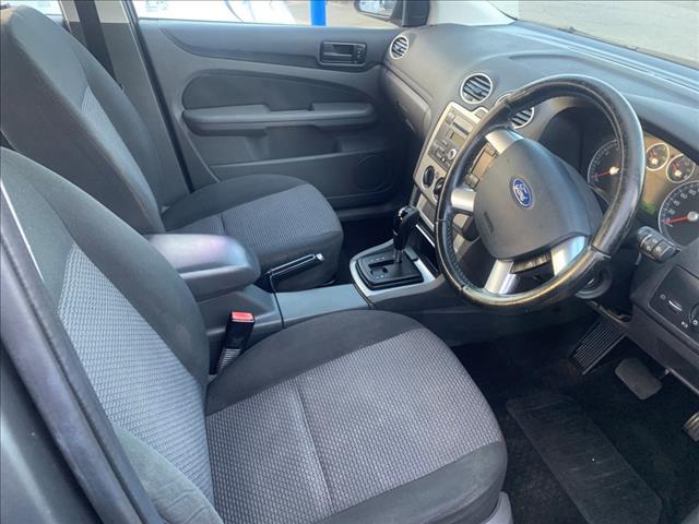 2005 Ford Focus LX LS Sedan