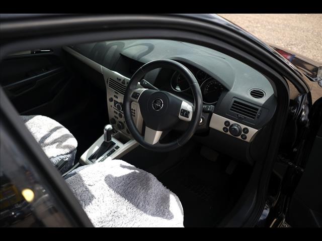 2005 Holden Astra CDX AH Hatch