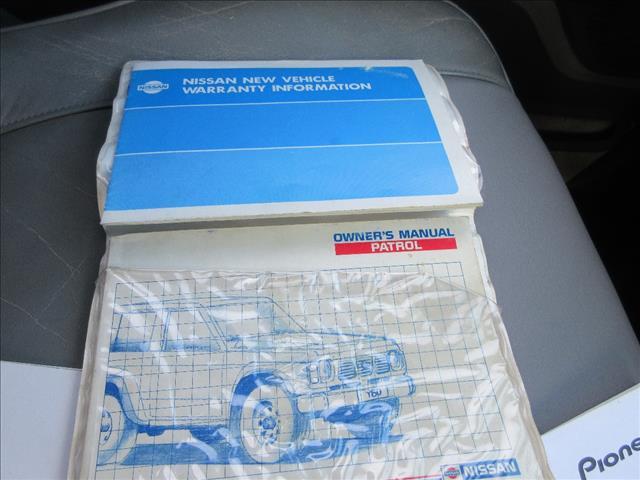 1992 NISSAN PATROL Ti (4x4) 4D WAGON