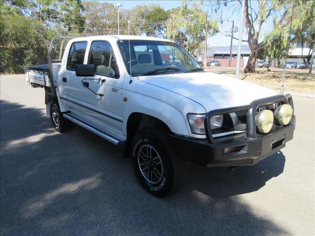 2003 TOYOTA HILUX (4x4) KZN165R DUAL C/CHAS