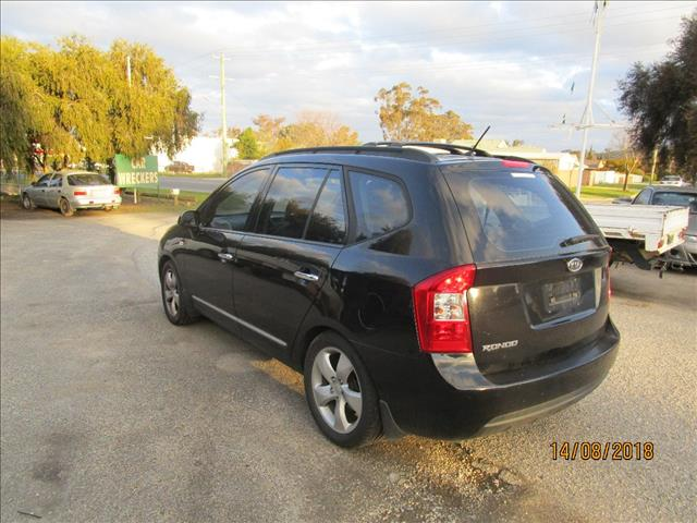 Kia Rondo Wagon Black 4/2008 (WRECKING)