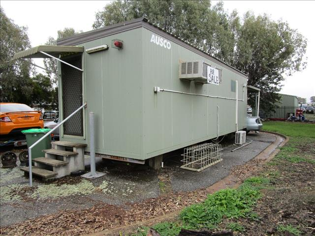 9.6m x 3m Demountable site office two rooms