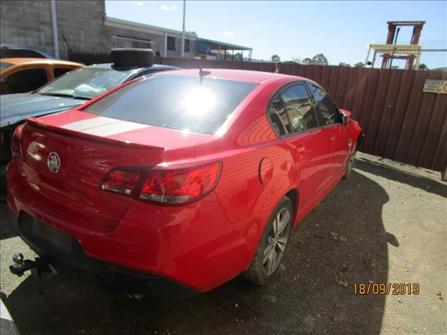 VF Commodore SV6 sedan 2/2014 Red in color ( Dismantling)