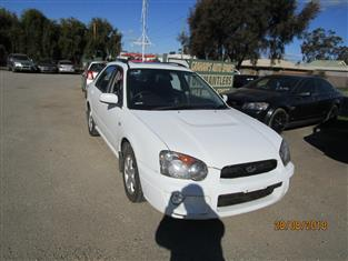 Subaru Impreza wagon color white 5/2005 (WRECKING)