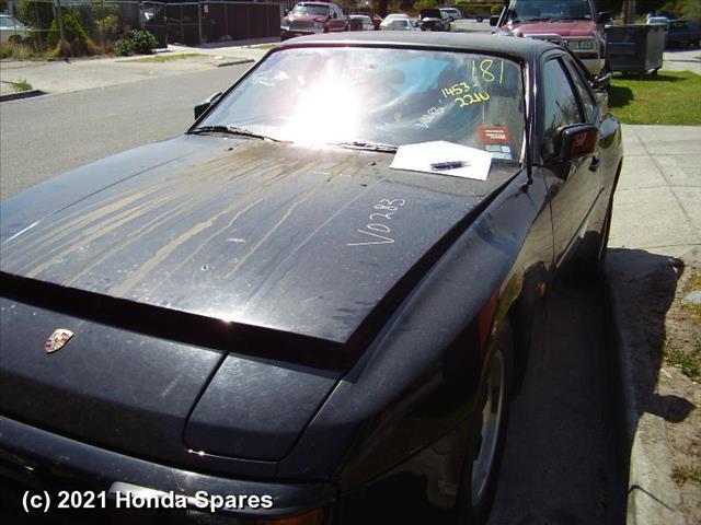 1985 PORSCHE - 944 Right Rear Side Glass