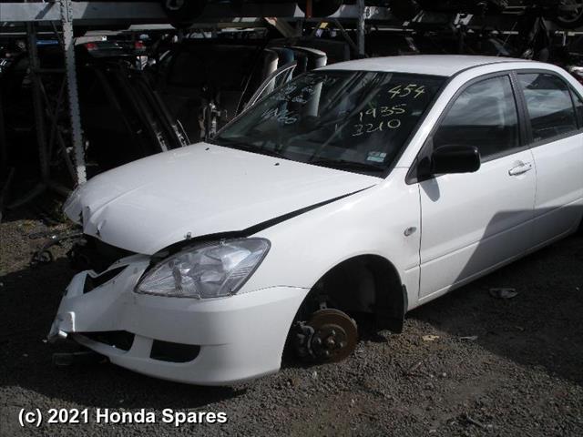 2005 MITSUBISHI - LANCER Left Front Window Reg/Motor