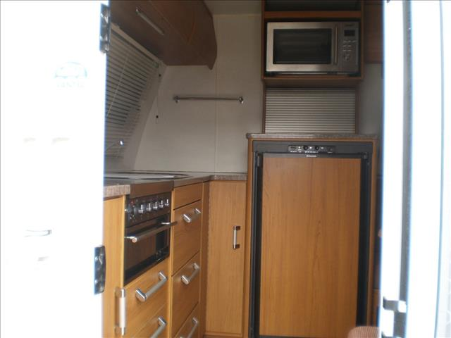 23' JAYCO STERLING SLIDE OUT 2011 SORRY I'M SOLD