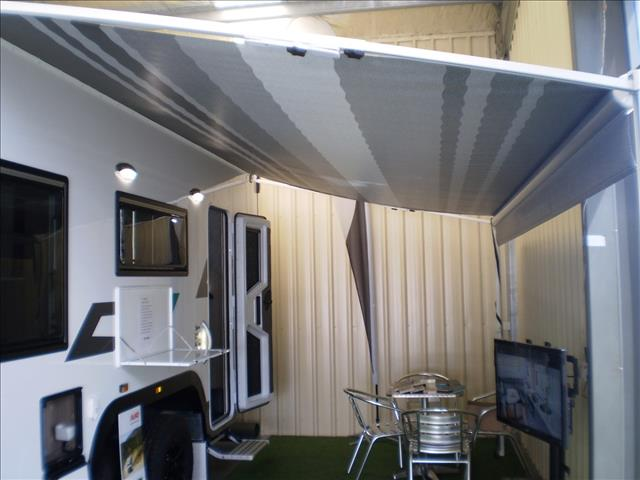 "19'4""WILLOW RV  CONIFER 5528 2020"