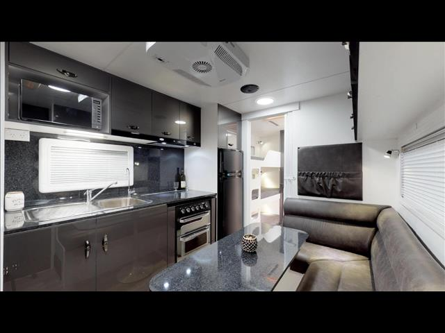 2018 Vicsount V2 Family van with bunks & Ensuite
