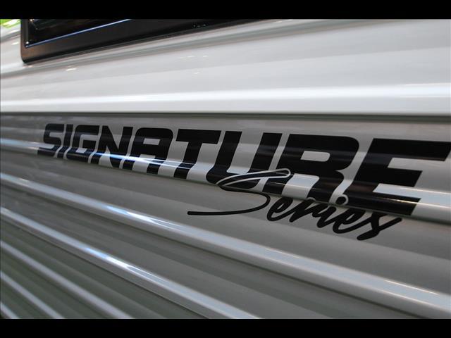 21'6 Paramount Signature Series 2 Bunk