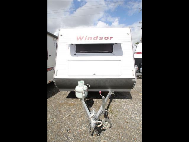 2008 21' Windsor Genesis W/Bunks
