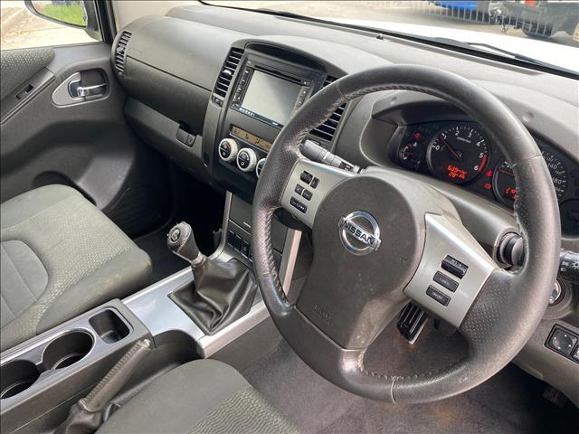 2011 Nissan Navara D40 MY11 ST-X Utility Dual Cab 4dr Man 6sp 4x4 776kg 2.5DT  Utility