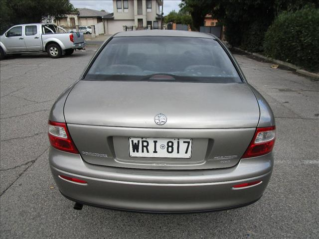 2002 HOLDEN COMMODORE EXECUTIVE VXII 4D SEDAN