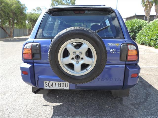 1999 TOYOTA RAV4 MAX 4D WAGON