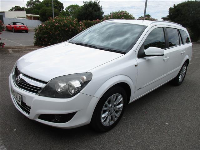 2009 HOLDEN ASTRA CDX AH MY09 4D WAGON