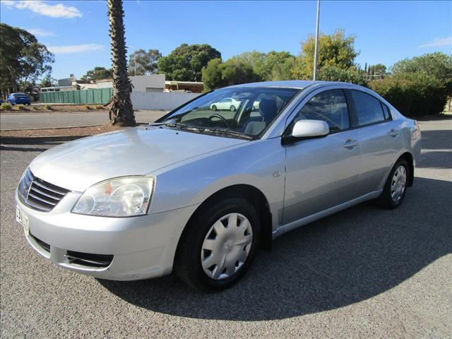 2006 MITSUBISHI 380 ES DB SERIES II 4D SEDAN