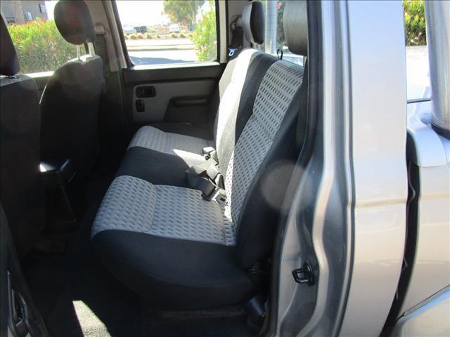 2004 NISSAN NAVARA ST-R (4x4) D22 DUAL CAB P/UP