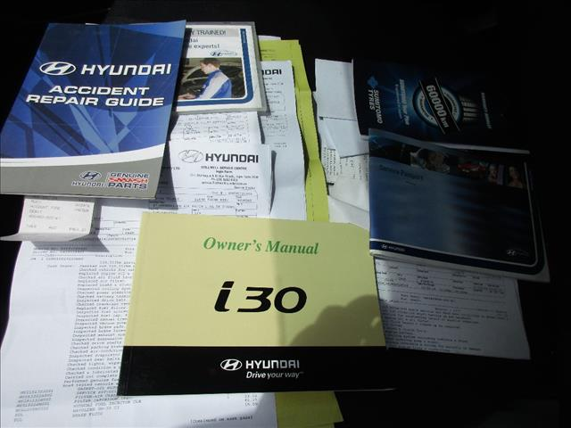 2008 HYUNDAI i30 SX 1.6 CRDi FD MY09 5D HATCHBACK
