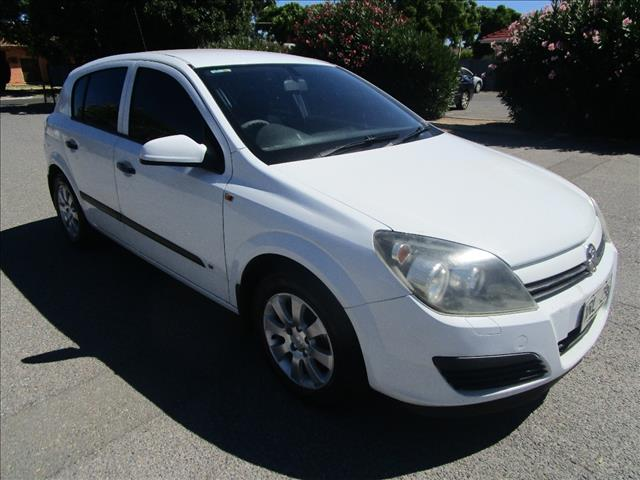 2005 HOLDEN ASTRA CD AH MY06 5D HATCHBACK