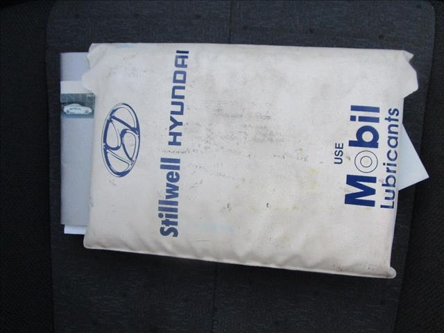 2005 HYUNDAI ELANTRA 2.0 HVT XD 4D SEDAN