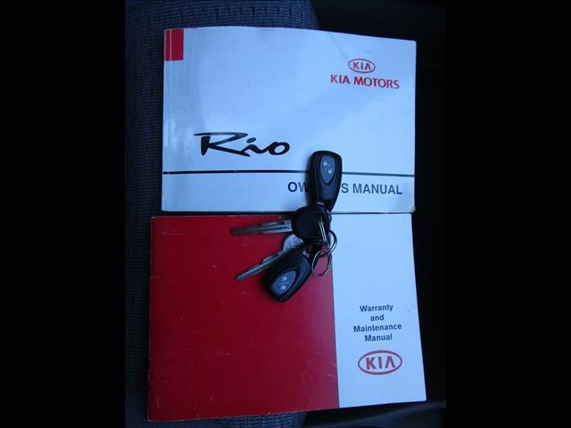 2001 KIA RIO 5D HATCHBACK