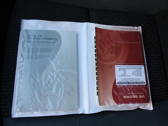 2006 HOLDEN COMMODORE OMEGA V VE 4D SEDAN
